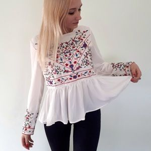 🌹Bohemian embroidered top gorgeous design